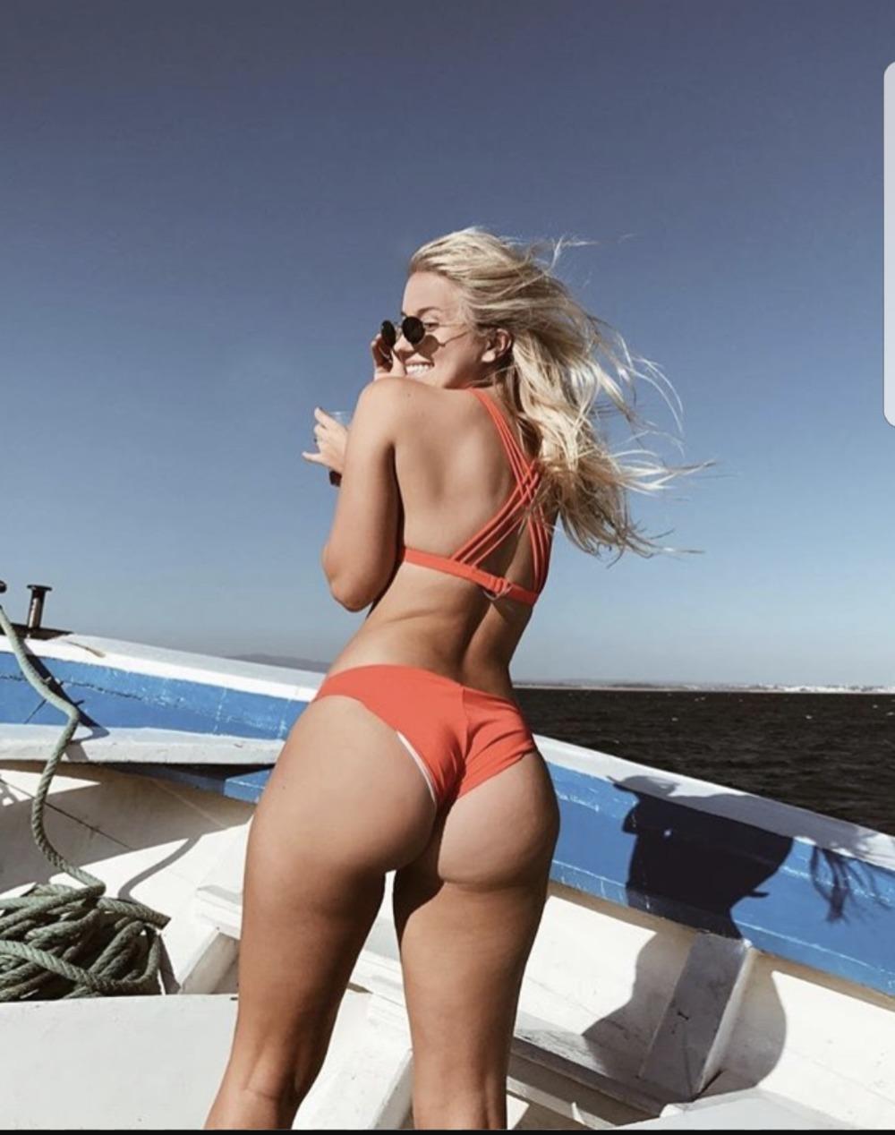 Taymoo ass