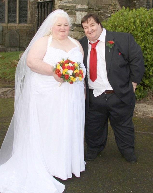 толстая невеста худой жених позы для фото этих моделей промышленно